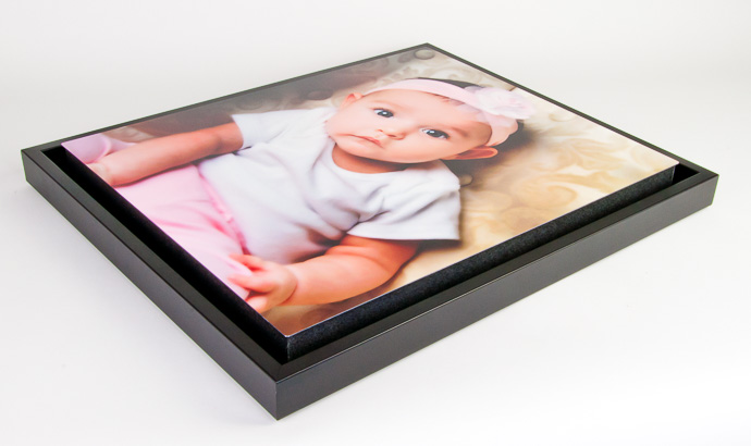 float frame shown with chromaluxe metal print on 1 12 standout